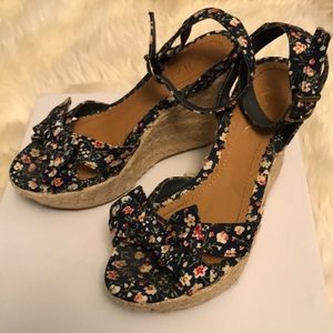 Navy Floral Wedges